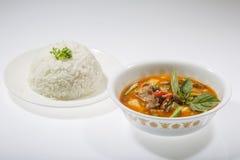 Röd curry med ris Arkivbilder
