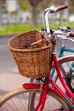 Röd cykel Royaltyfri Fotografi