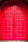 Röd dörr Arkivbild