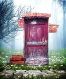 Röd dörr för fantasi Royaltyfria Foton