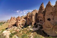Röd dal på Cappadocia, Anatolien, Turkiet Vulkaniska berg in Fotografering för Bildbyråer