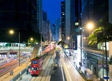 Röd Dubblett-däck spårvagn, Hong Kong arkivbild