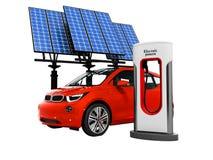 Röd electro bil för modernt begrepp på elkraften som tankar med sol- stock illustrationer