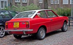 Röd Fiat 128 för tappning sport Royaltyfria Bilder