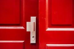Röd froontdörr fotografering för bildbyråer