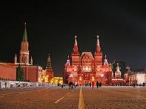 röd fyrkant för moscow natt royaltyfri fotografi