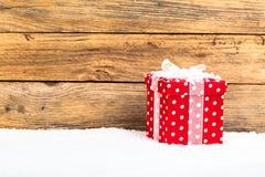 Röd gåva för jul Royaltyfria Foton