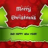Röd glad julkort med den gröna Xmas-treen Royaltyfri Fotografi