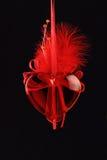 Röd glass hjärta på svart Royaltyfri Bild