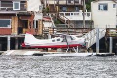 Röd grå och vit Seaplane Royaltyfria Bilder