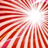 Röd Grungy strålbakgrund Arkivbilder