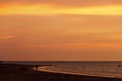 Röd härlig solnedgång arkivbilder