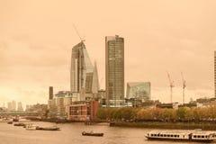 Röd himmel över London Royaltyfri Foto