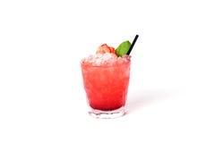 Röd jordgubbecoctail med mintkaramellen Royaltyfria Foton