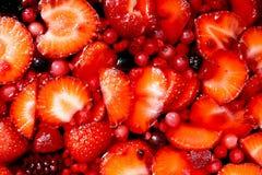 Röd jordgubbegeléefterrätt Royaltyfria Foton