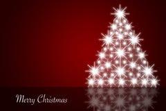 Röd julbakgrund med den skinande julgranen Arkivfoto