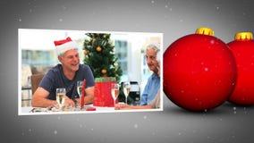 Röd julboll- och familysanimering arkivfilmer
