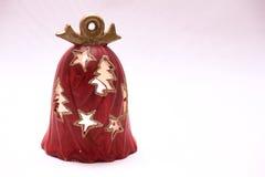 Röd julklocka med prydnaden Fotografering för Bildbyråer