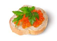 Röd kaviar på smörgåsen Royaltyfri Bild