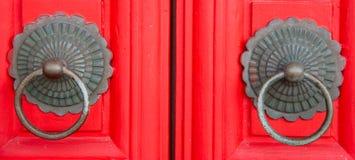 Röd kinesisk dörr Royaltyfri Fotografi