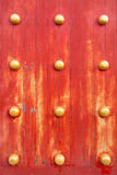 Röd kinesisk dörrtextur Royaltyfri Fotografi