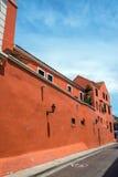 Röd kolonial arkitektur i Colombia Royaltyfri Fotografi
