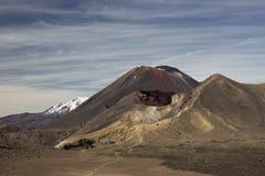 Röd krater och montering Ngauruhoe Royaltyfri Fotografi