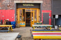 Röd krok Brooklyn arkivfoton
