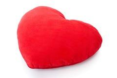 Röd kudde för hjärta, kudde Arkivbild