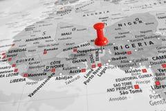 Röd markör över Benin Arkivfoto