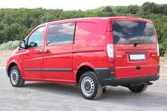 Röd Mercedes Vito 111 CDI 2009 Arkivbilder