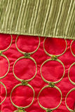 Röd och grön julbakgrund Royaltyfria Bilder