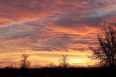 Röd och gul solnedgång Arkivfoton