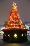 Röd och guld- julgran royaltyfria bilder