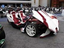 Röd och rullad motorcykelbil för vit 3 Arkivfoto