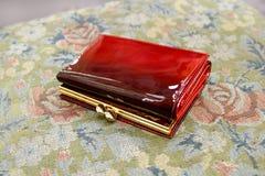 röd plånbok Royaltyfri Fotografi