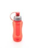 röd plast- vattenflaska eller kantin arkivfoto