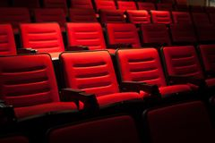 Röd plats i filmbiografen Royaltyfria Foton