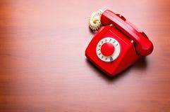 röd retro telefon Fotografering för Bildbyråer