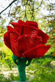 Röd ros i lego i den Planckendael zoo Royaltyfria Bilder