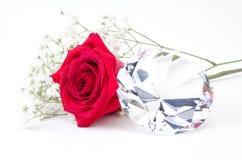 Röd ros och diamant royaltyfri fotografi