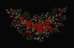 Röd rosbroderi på svart bakgrund Halsband för lapp för garnering för mode för efterföljd för satänghäftklammer Liten texturblomma stock illustrationer