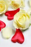röd royellow för hjärtor royaltyfria bilder