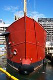 röd ship Royaltyfria Bilder