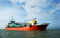 röd shiptransport Arkivfoto