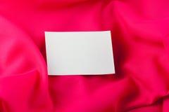 röd silk white för anmärkningspapper Royaltyfria Foton