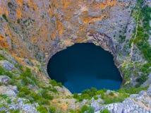 Röd sjö Imotski i Kroatien i vår royaltyfri bild