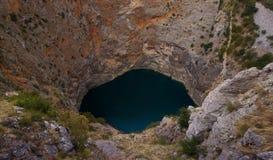 Röd sjöCrveno Jezero Kroatien Royaltyfri Fotografi