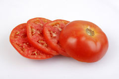 röd skivad tomat för växt Arkivbilder
