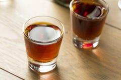 Röd slån Gin Liqueur Royaltyfri Bild
